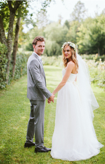Chloe and Jordan, Floral crown and veil, Custom Collection