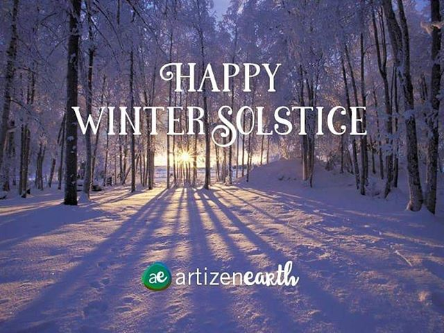 Happy solstice! ❄️☃️As the first day of winter, today is a point of change and transition. The shortest day of the year. Its nice to be reminded of the balance of seasons. What do you love about winter? ... Snowfall? ... Cozy blankets by a fire? ... Crisp winter hikes? ... Family and friends getting together? ... Helping those in need? ... ... #farmlife #love #instagood #beautiful #destination #livesimply #pnwonderland #pnwlife #findyouradventure #camplife #neverstopexploring #optoutside #themountainsarecalling #outdoorliving #thegreatoutdoors #outsideisthebestside #hikemore #winter #inspirationalquote #quotes #solstice #adventure #wander #wanderlust #steinbeck #nature #solstice #balance #seasons