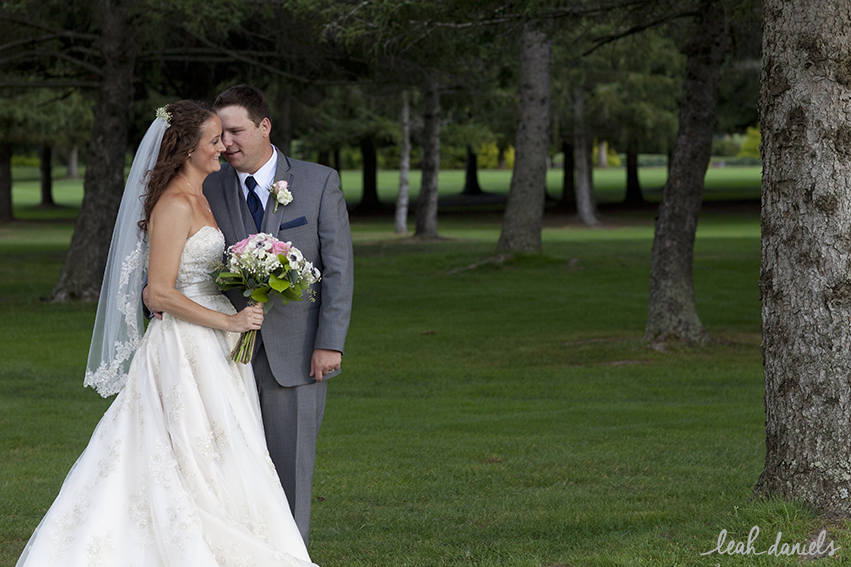 Thanks to Emily Taylor for assisting with some of these lovely shots of the couple!