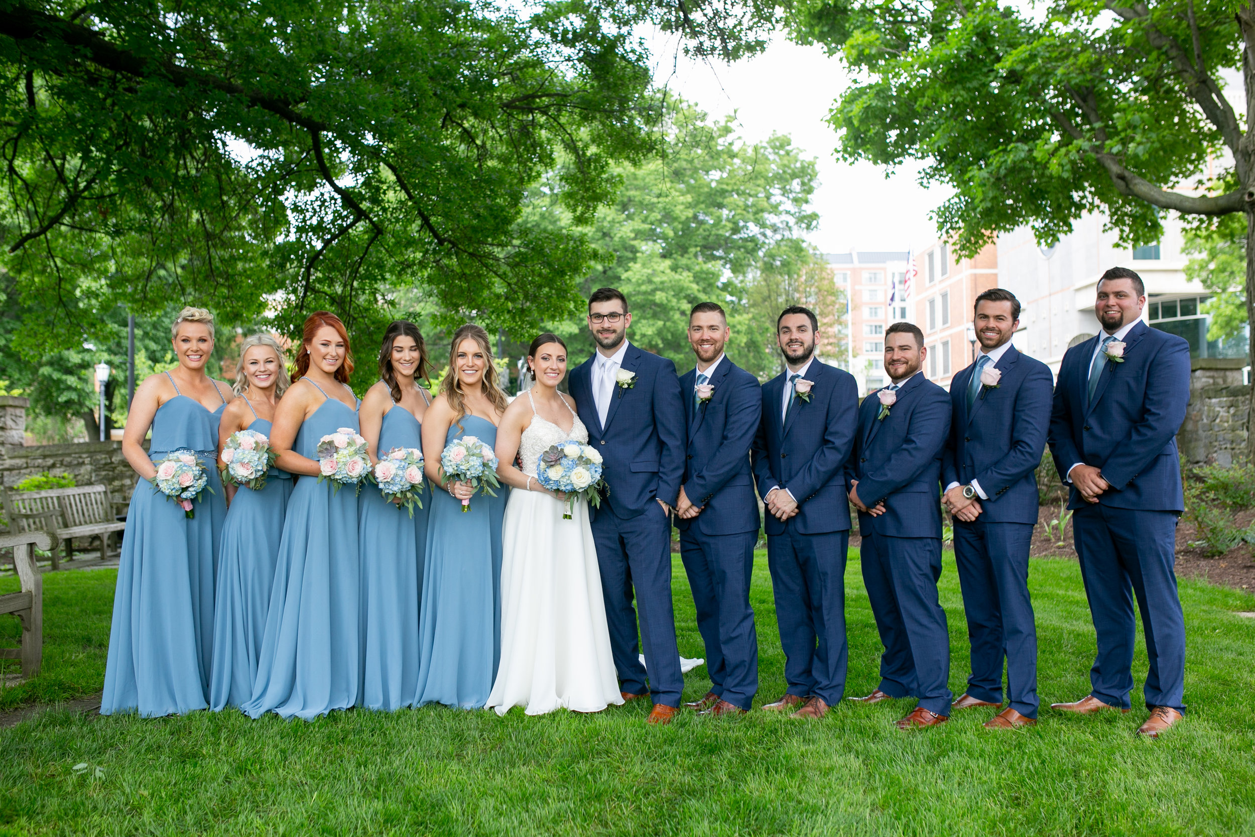 montdale-country-club-wedding-by-leahdanielsphotography25.jpg