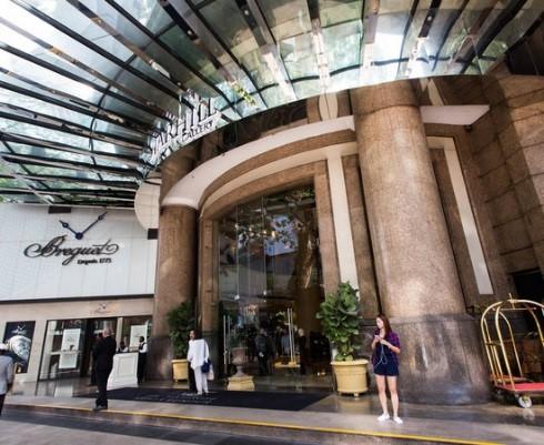 Zippy_KL_hotel_entry.jpg