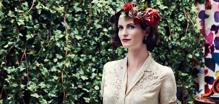 hero-roses-hair-ivy-background2.jpg