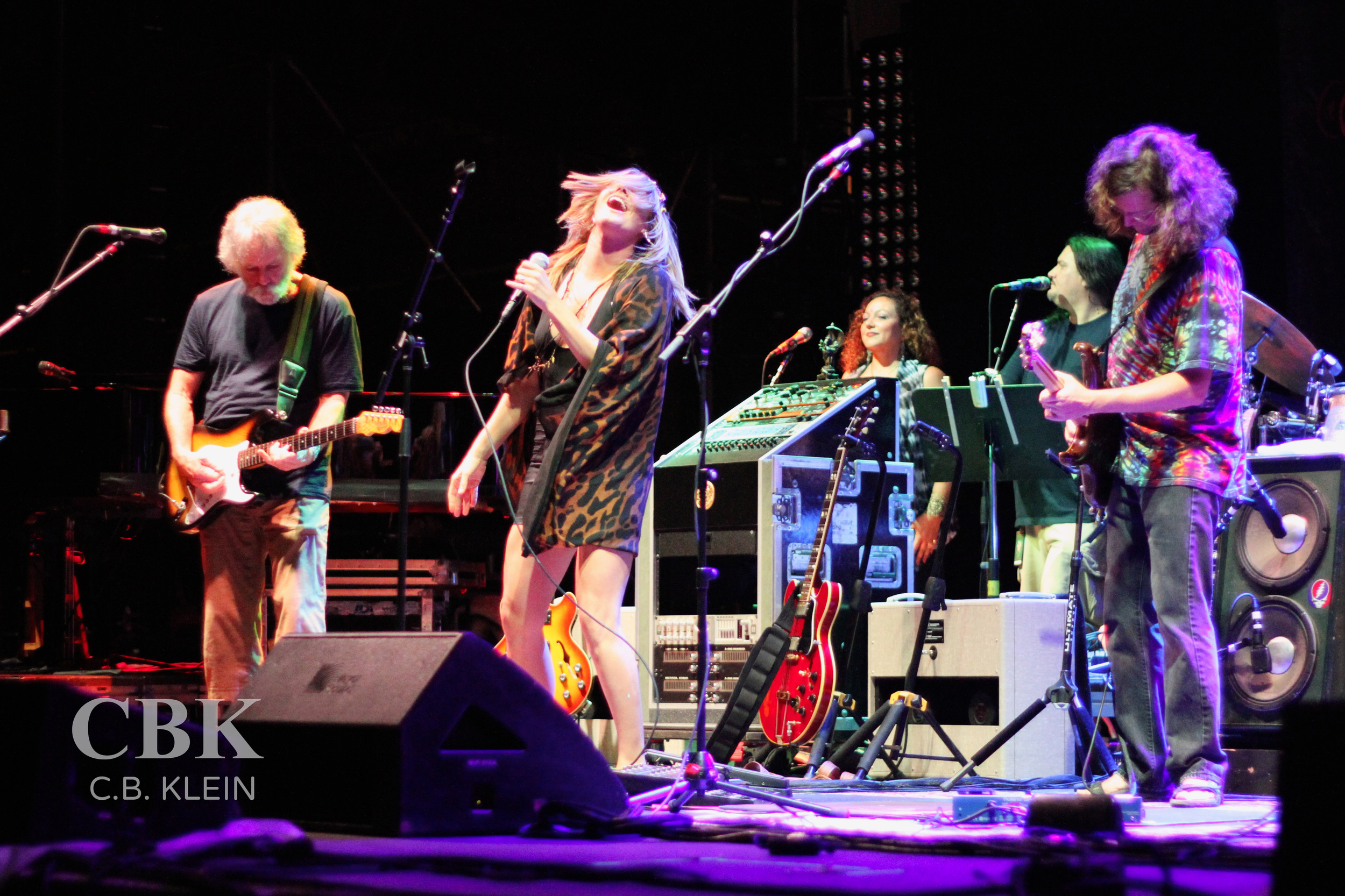 "Grace Potter performing ""Turn on Your Lovelight"" with Furthur, All Good Music Festival, July 20th, 2013."