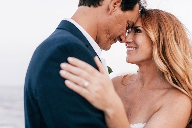 That smile 🌸 . . . . . . #destinationwedding #destinationweddingphotographer #mexico #mexicowedding #cabo #cabowedding #party #brideandgroom #wedding #weddingphotography #weddingphotographer #photooftheday #photography #beachwedding #lovers #portraitphotography #couplesportraits #makeportraits #portrait