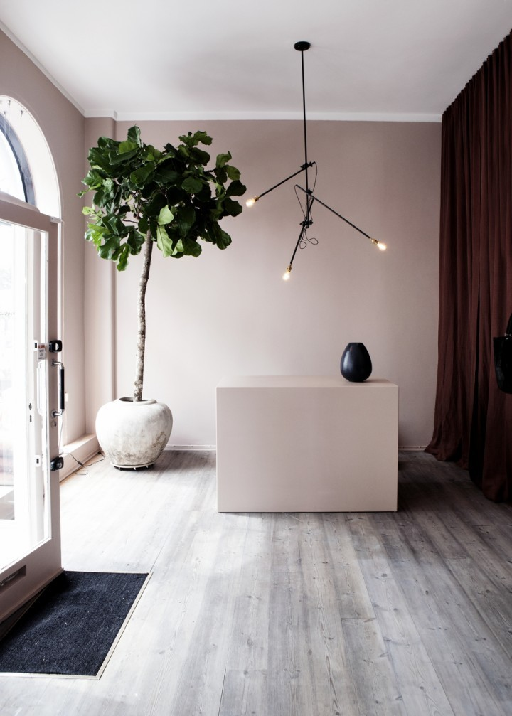 Yvonne-Kone-boutique-Copenhagen-Line-Klein-Remodelista-7-720x1007.jpg