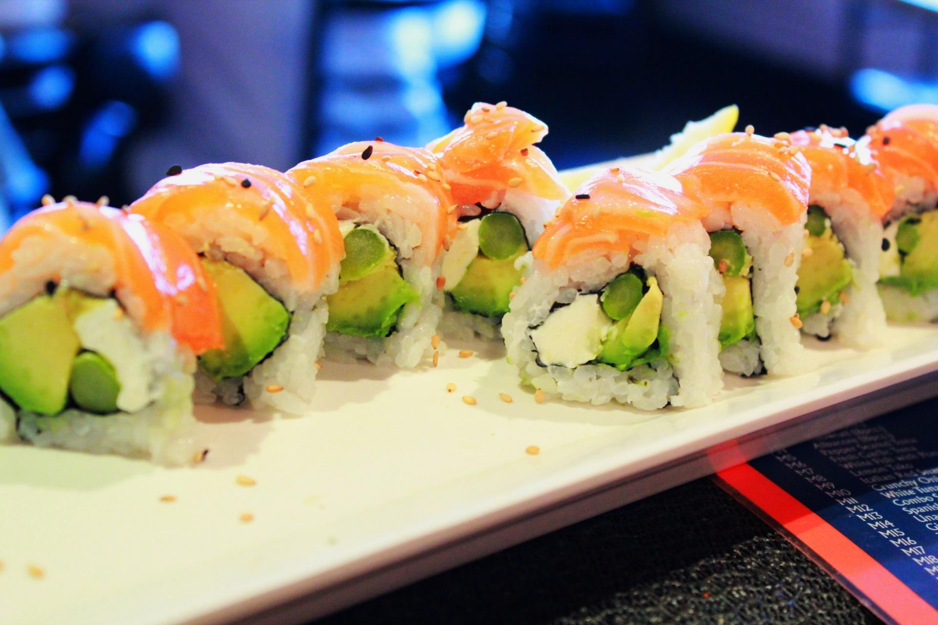 Fresh Fish Roll-Edit.JPG