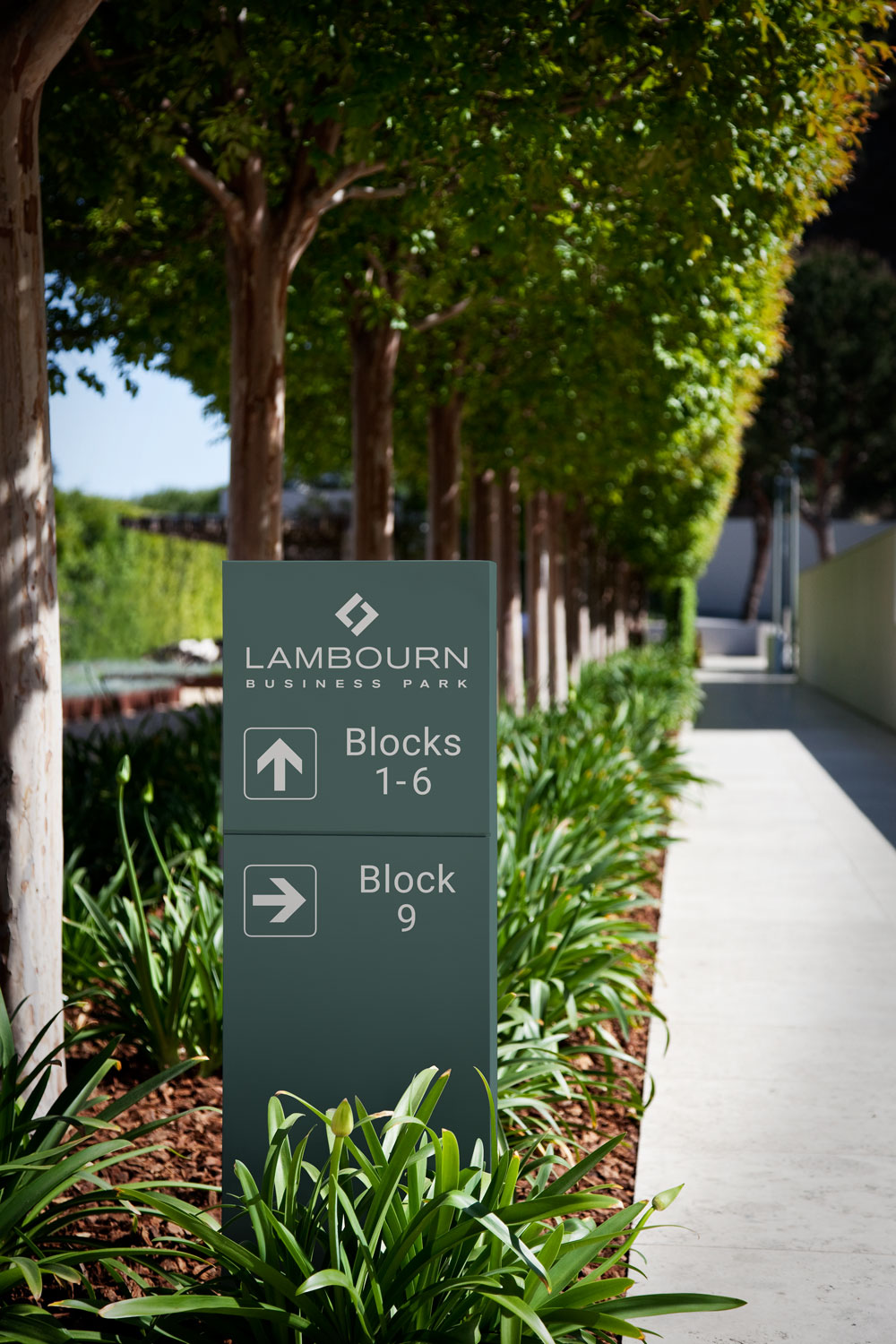 lambourn-business-park-office-location-signage-get-it-sorted.jpg