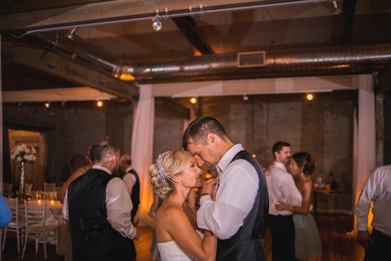 front-and-palmer-philadelphia-wedding-38.jpg