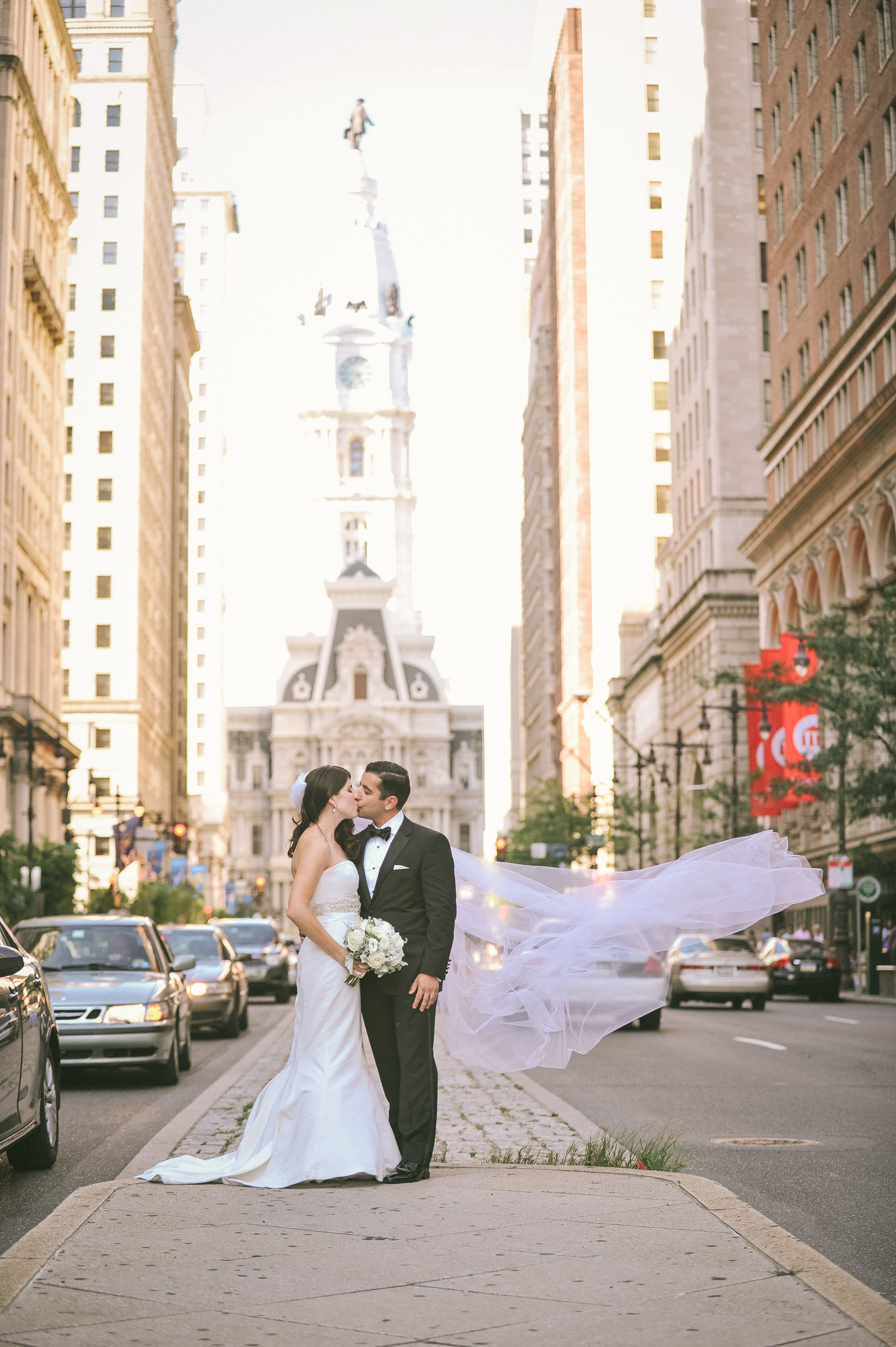 the-downtown-club-philadelphia-wedding-14.jpg