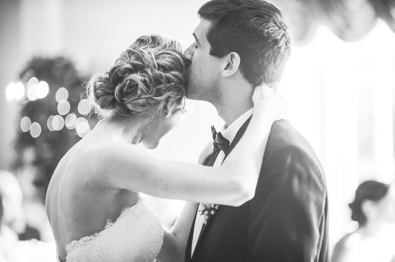 pyn-ryn-mansion-wedding-photography-27.jpg