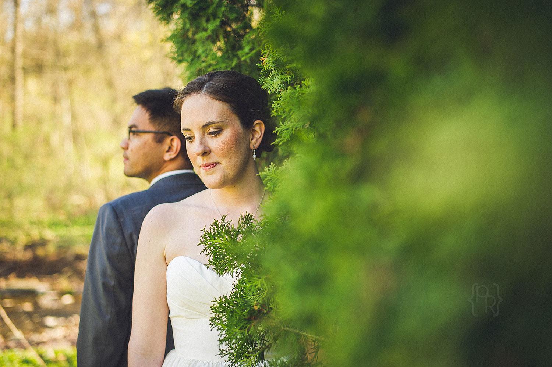 barn-on-bridge-wedding-10.jpg