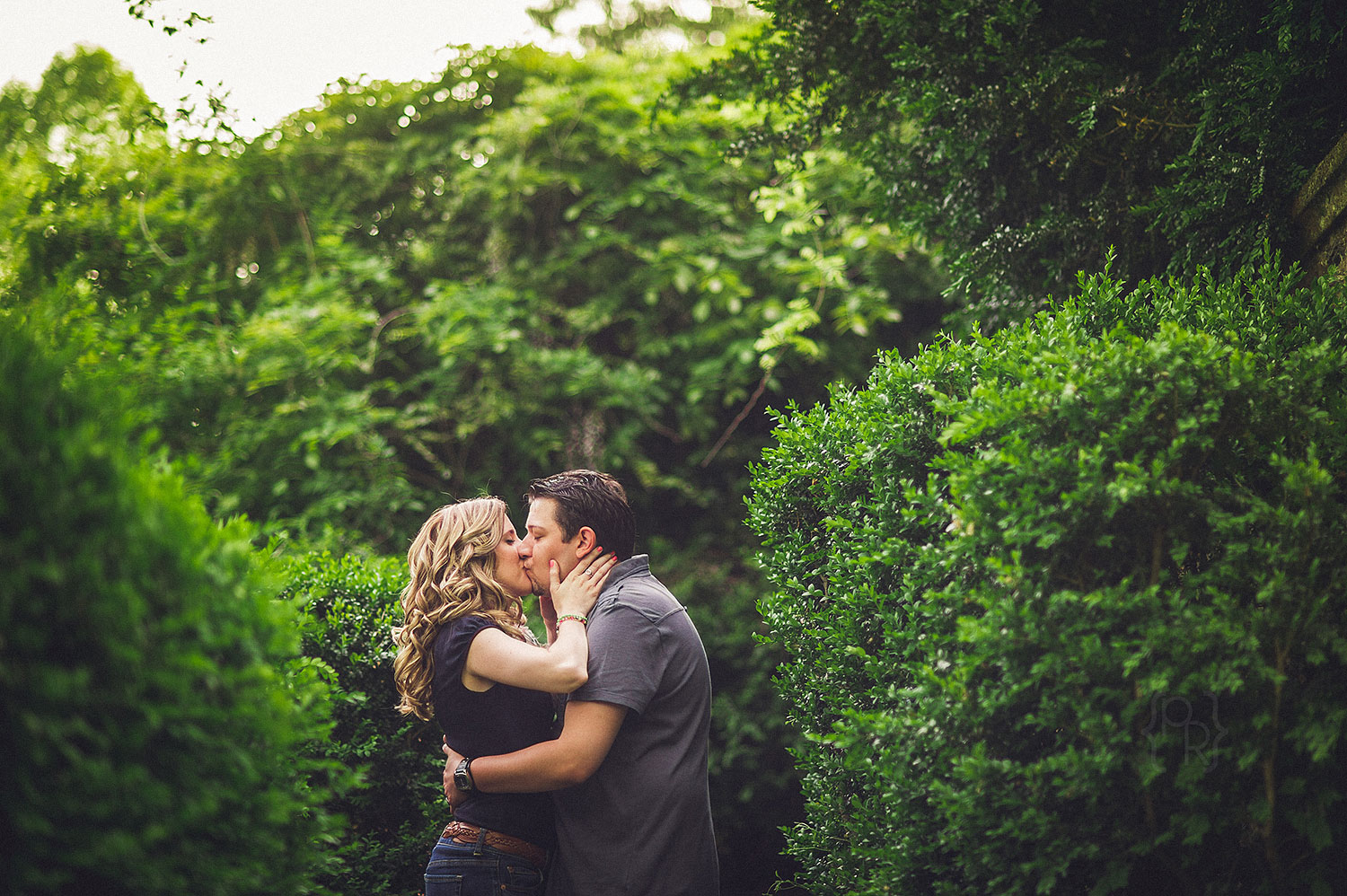 ridley-creek-state-park-engagment-session-14.jpg