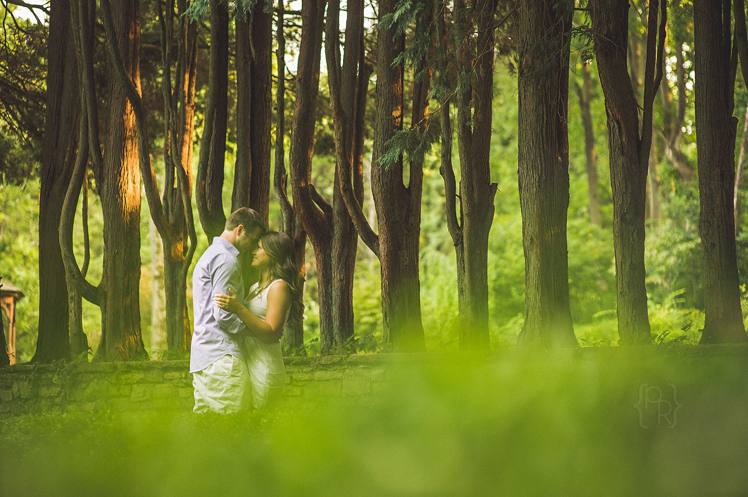 ridley-creek-state-park-engagement_session-4.jpg