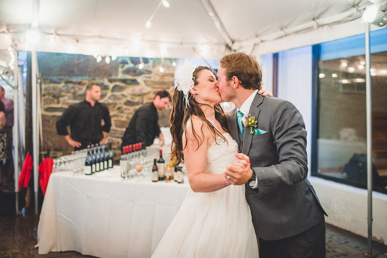 pat-robinson-photography-tyler-arboretum-wedding-44.jpg