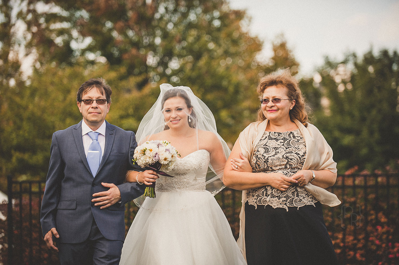 pat-robinson-photography-normandy-farm-wedding-12.jpg