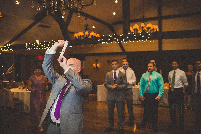 pat-robinson-photography-normandy-farm-wedding-27.jpg