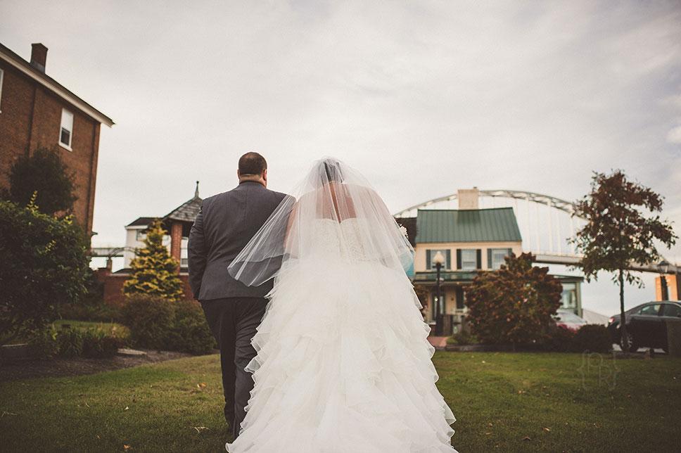 pat-robinson-photography-chesapeake-inn-wedding-36.jpg