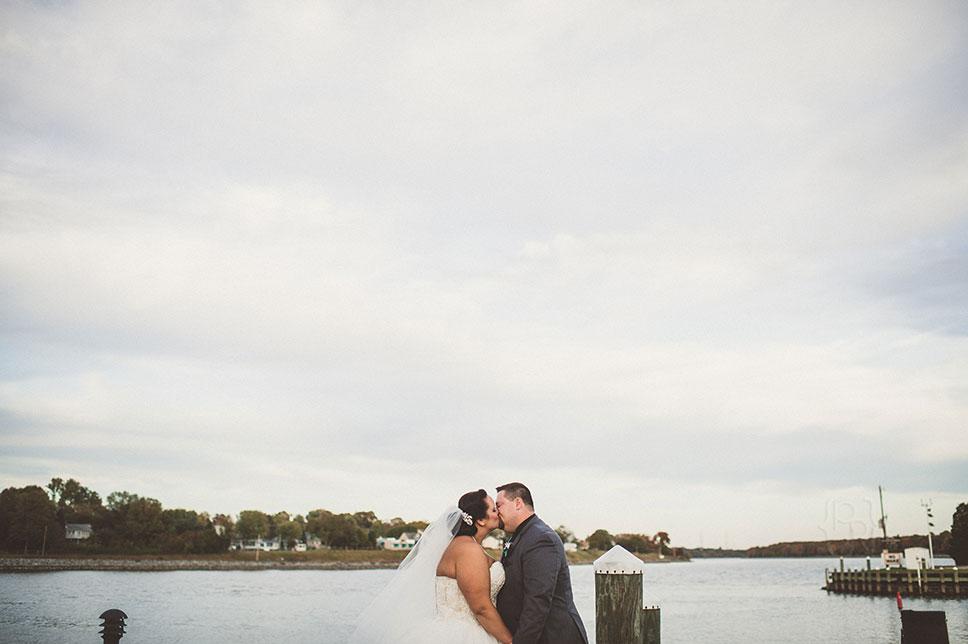 pat-robinson-photography-chesapeake-inn-wedding-37.jpg