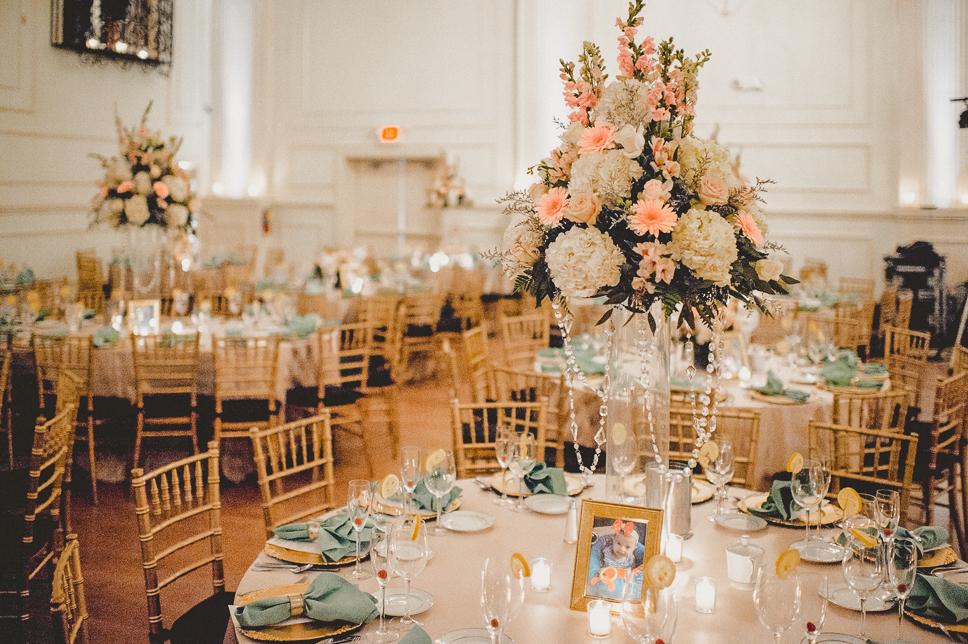 Pat-Robinson-Photography-cescaphe-ballroom-philadelphia-wedding039.jpg