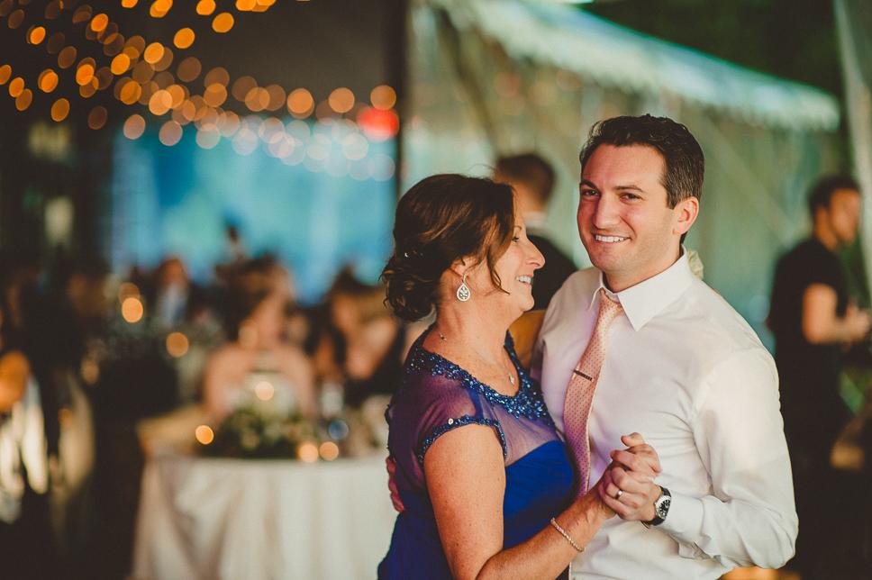 pat-robinson-photography-greenville-country-club-wedding-64.jpg
