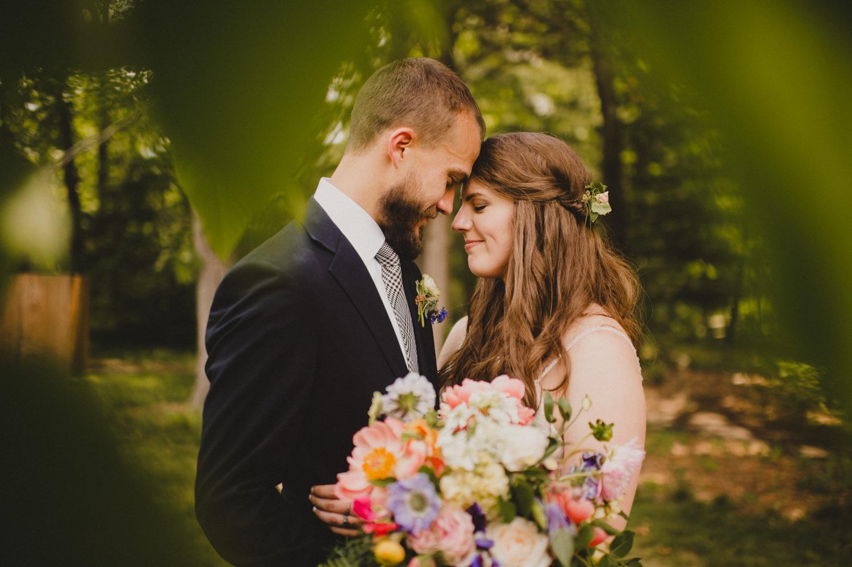 013-bowmans-hill-wildflower-preserve-wedding-photographer-10.jpg
