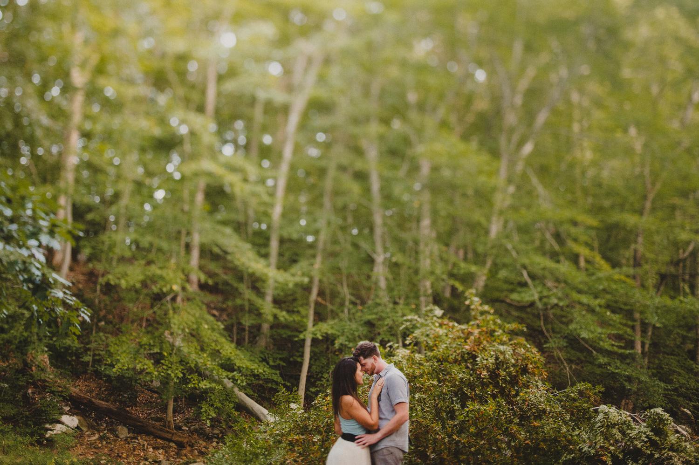 035-romantic-bohemian-engagement-session-photographer-6.jpg