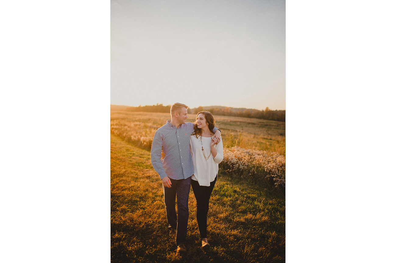 142-valley-forge-engagement-session-photographer-14.jpg