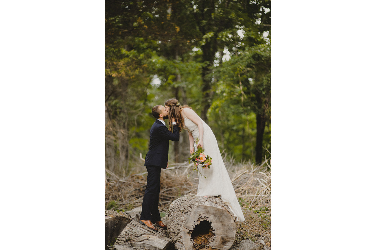 153-bowmans-hill-wildflower-preserve-wedding-photographer-12.jpg