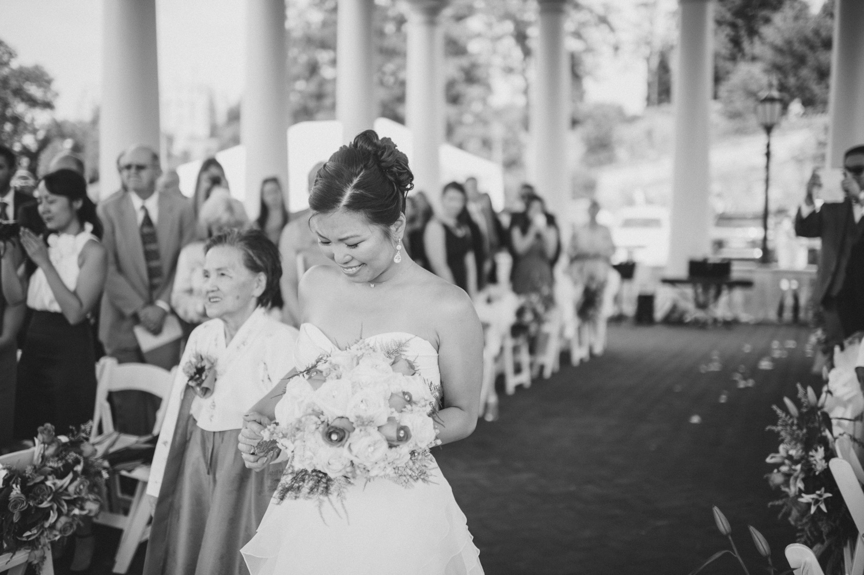 218-union-trust-philadelphia-wedding-photographer-14.jpg