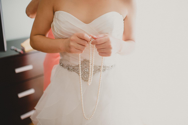 224-union-trust-philadelphia-wedding-photographer-9.jpg