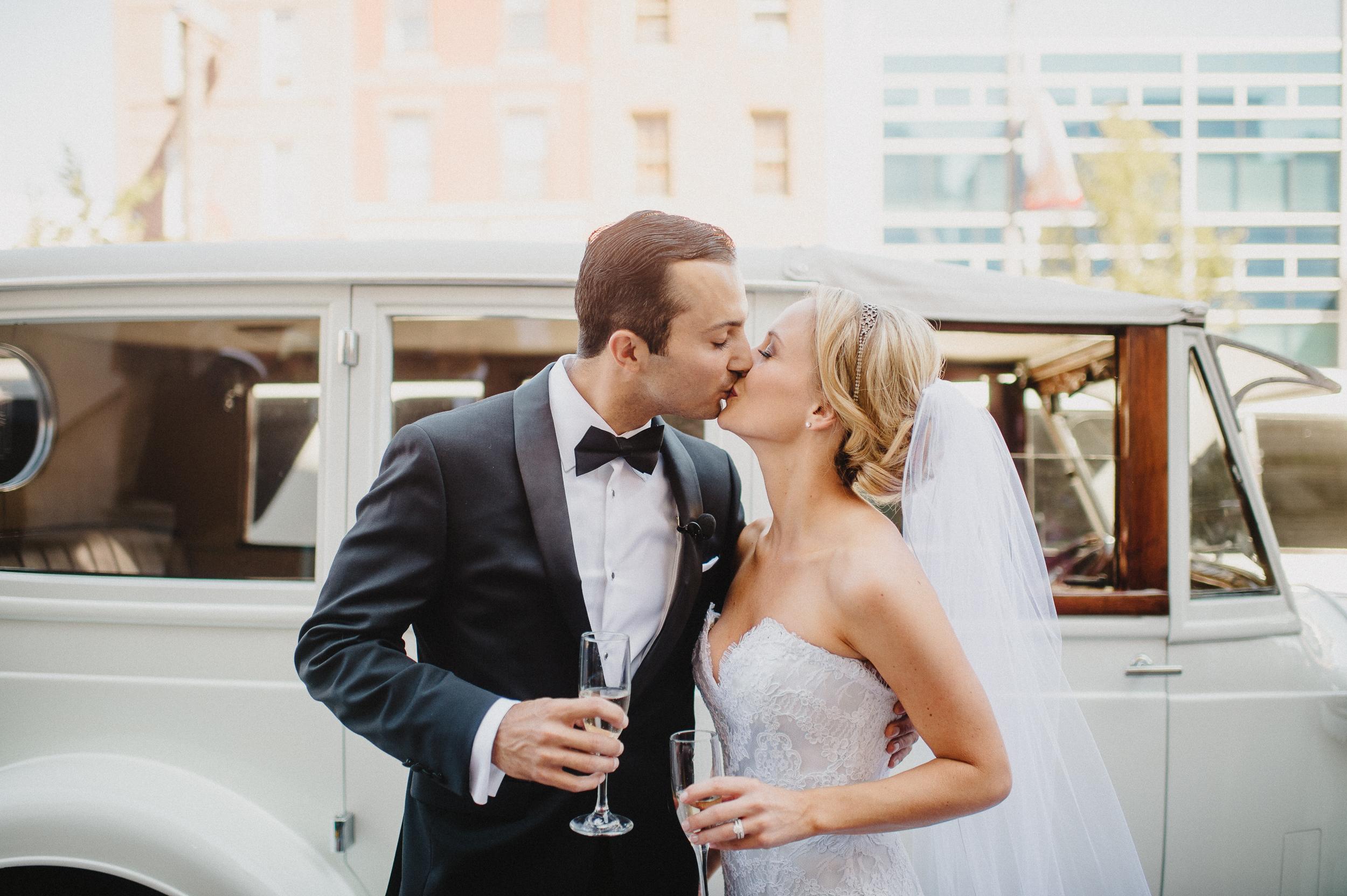 ritz-philly-philadelphia-wedding-photographer-40.jpg