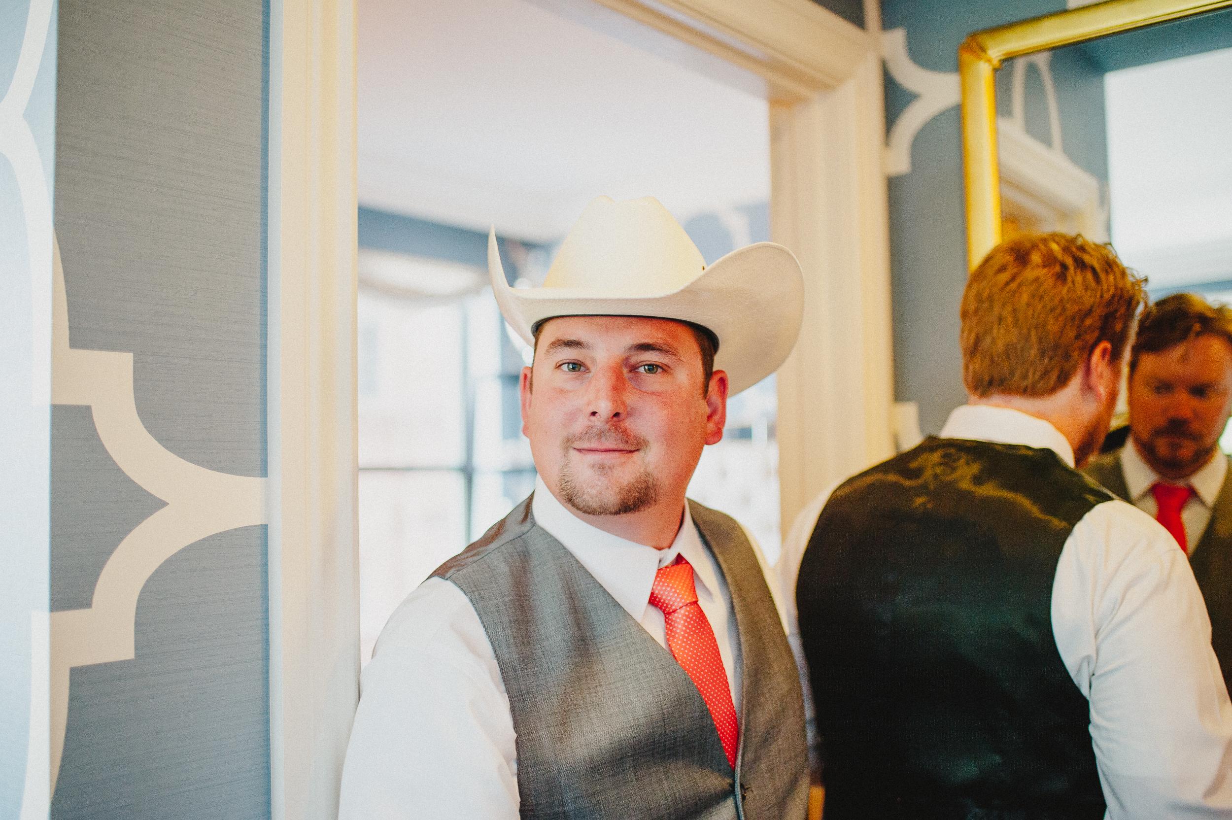 union-trust-philadelphia-wedding-photographer-8.jpg
