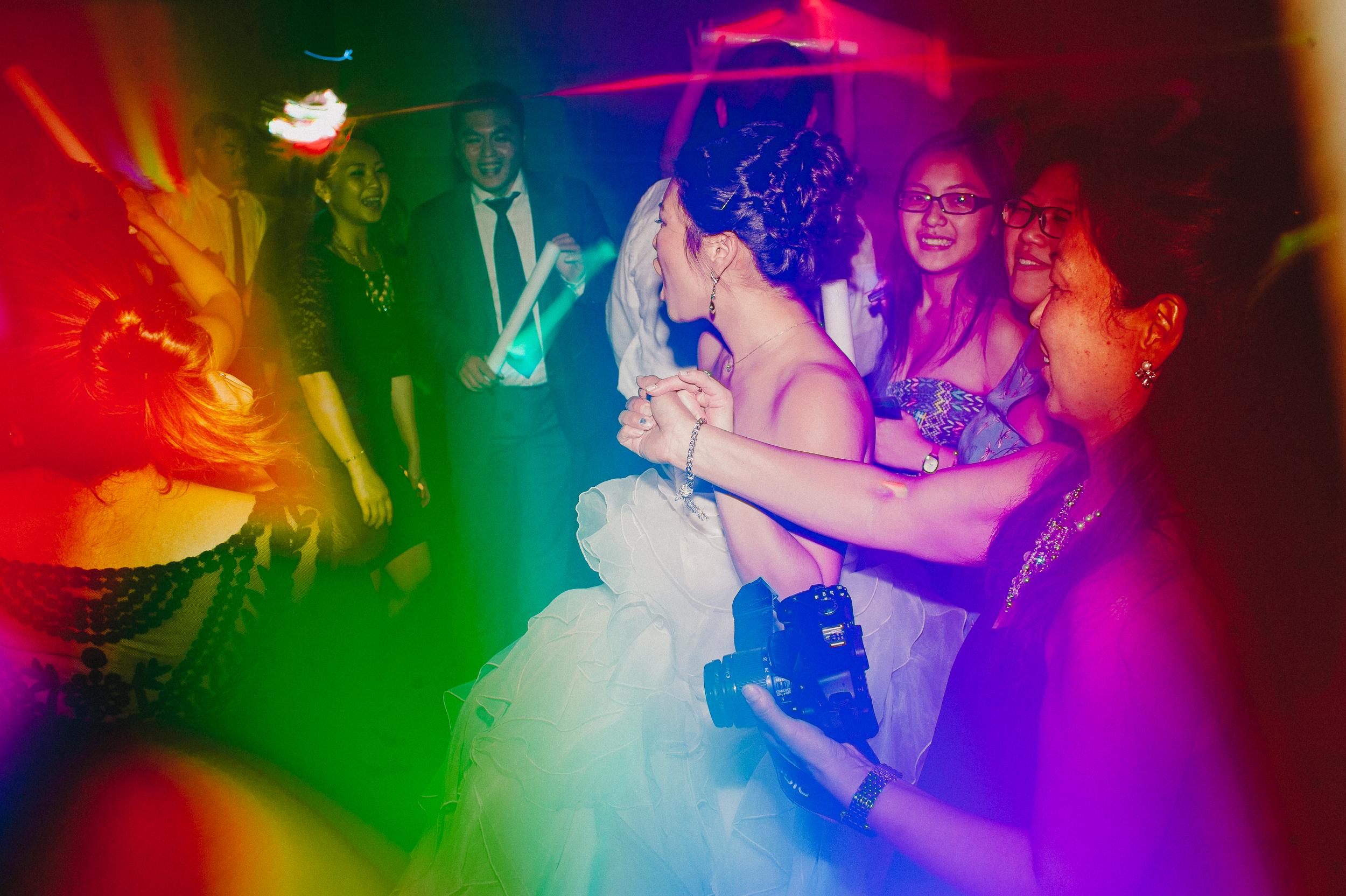 union-trust-philadelphia-wedding-photographer-76.jpg
