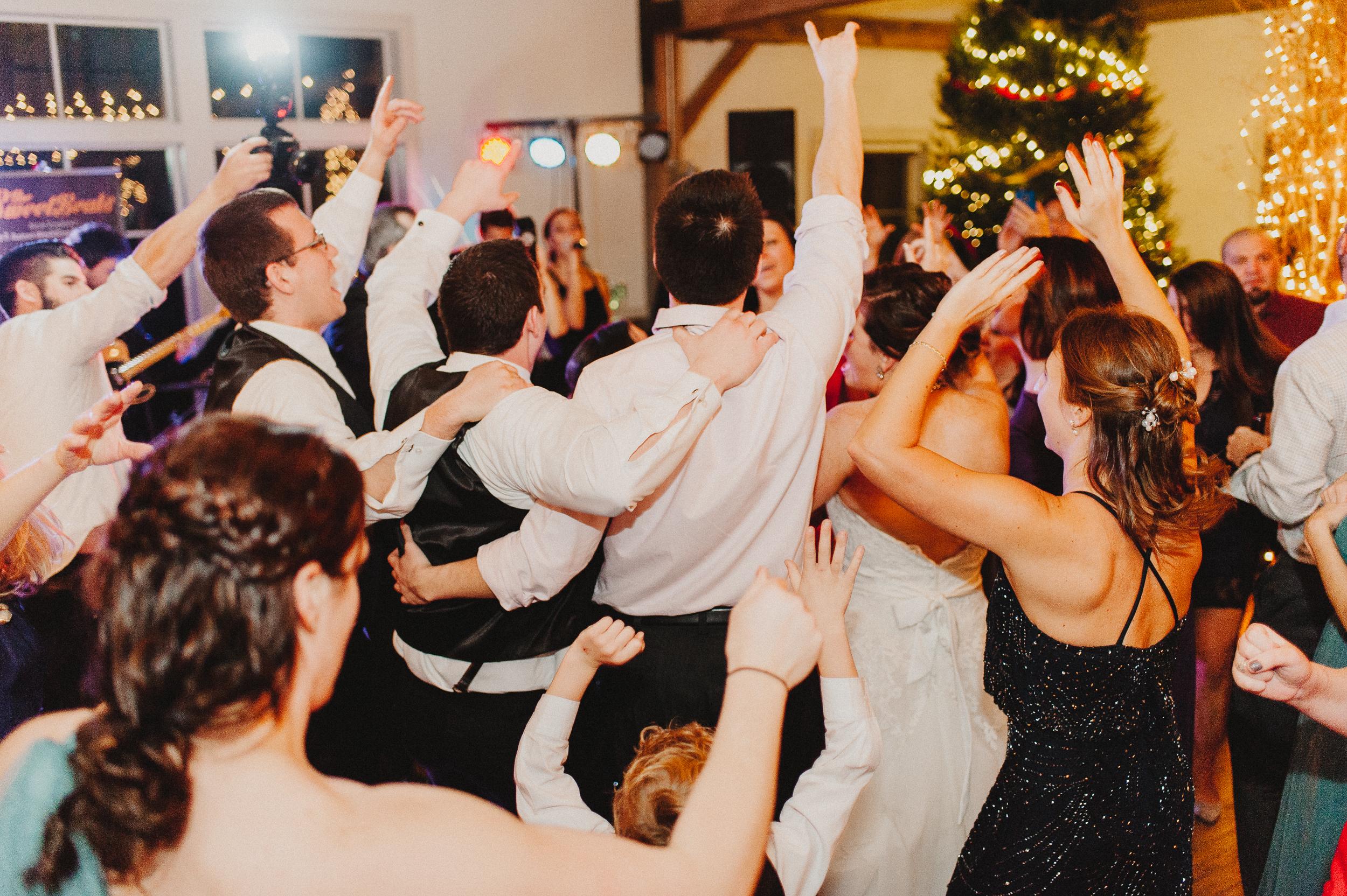 vermont-destination-wedding-photographer-76.jpg
