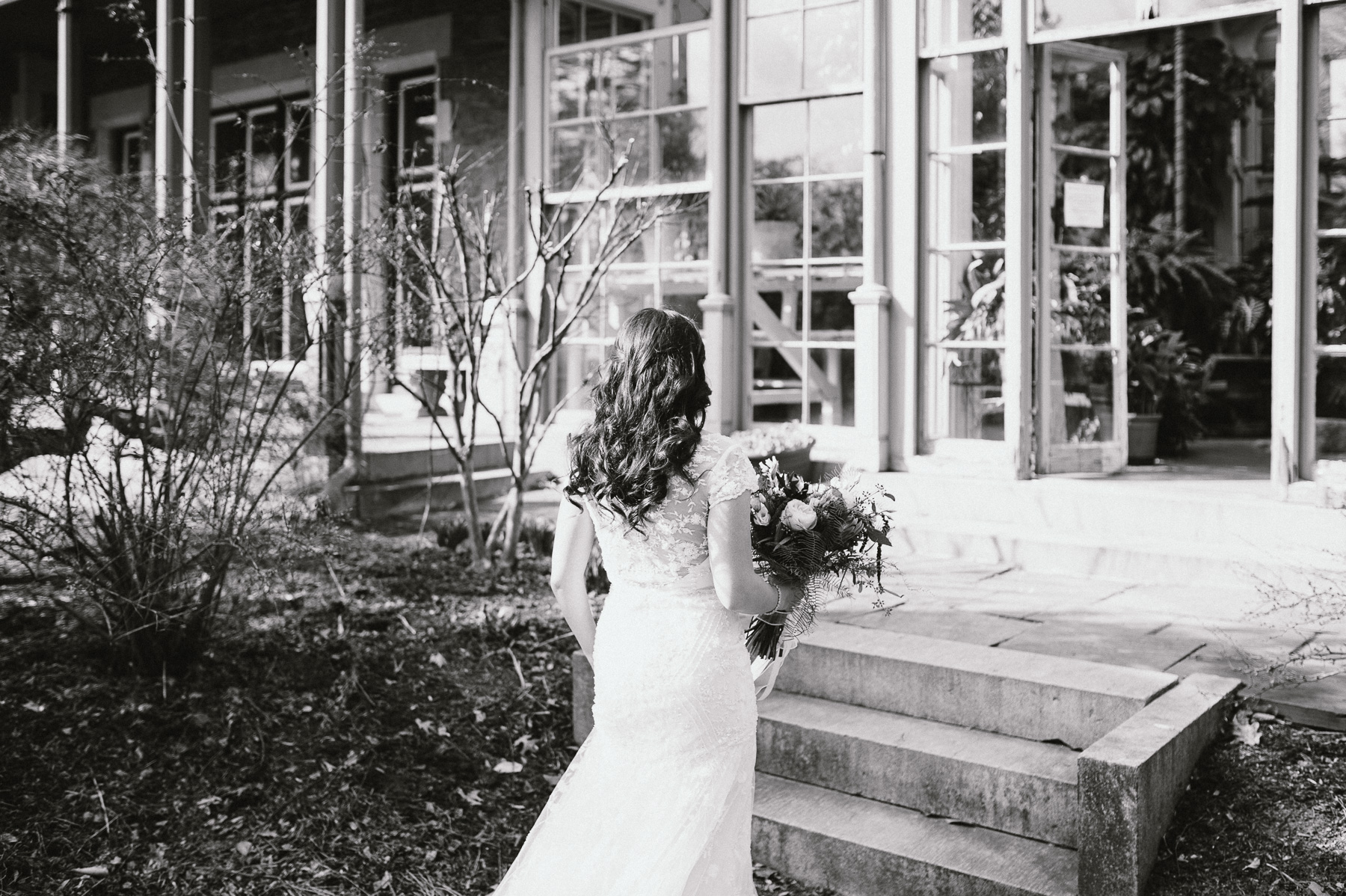 The_Carriage_House_at_Rockwood_Park_wedding_photo035.jpg