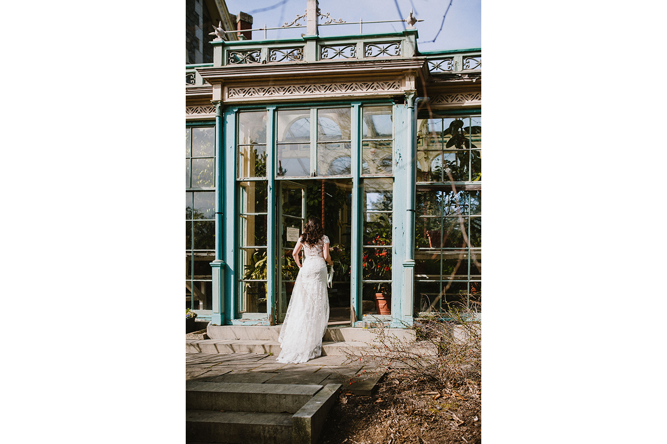 The_Carriage_House_at_Rockwood_Park_wedding_photo036.jpg