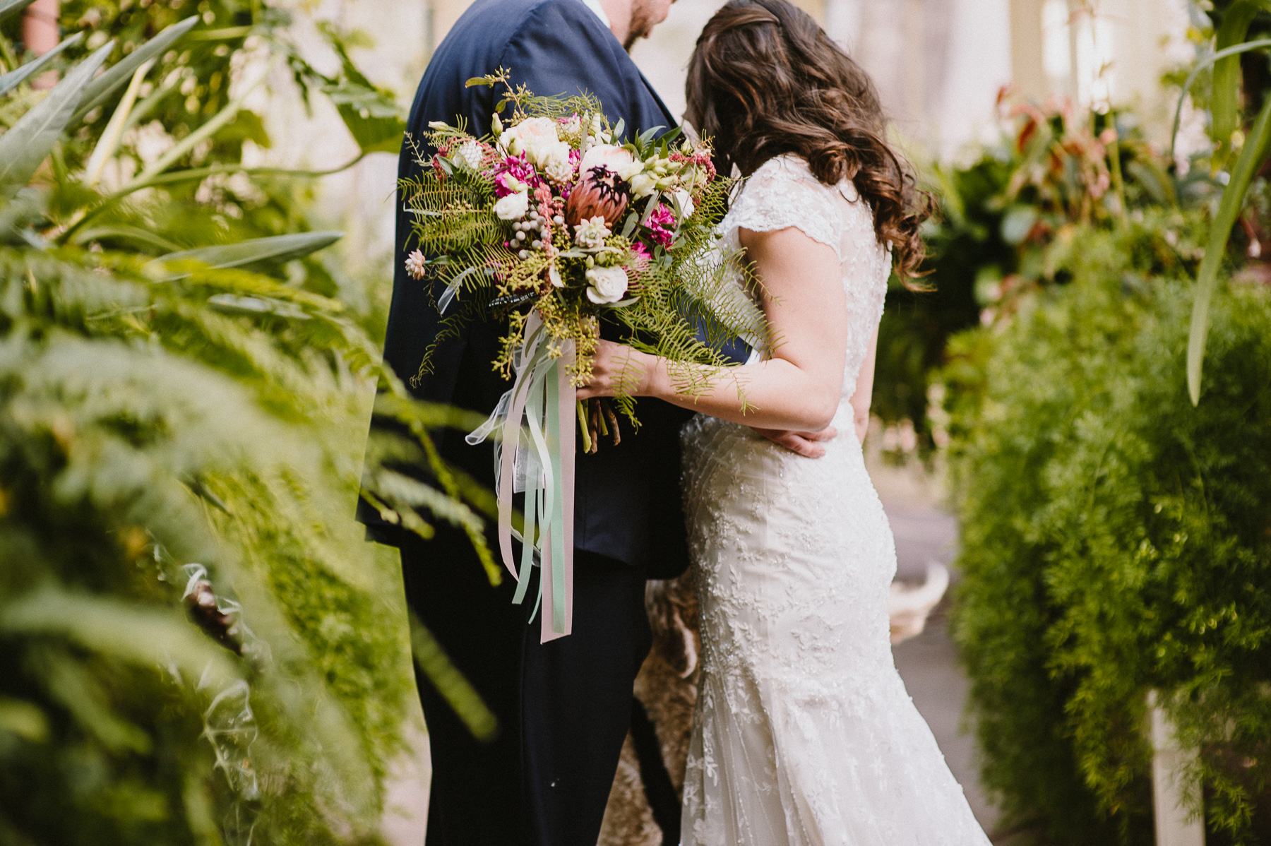 The_Carriage_House_at_Rockwood_Park_wedding_photo039.jpg