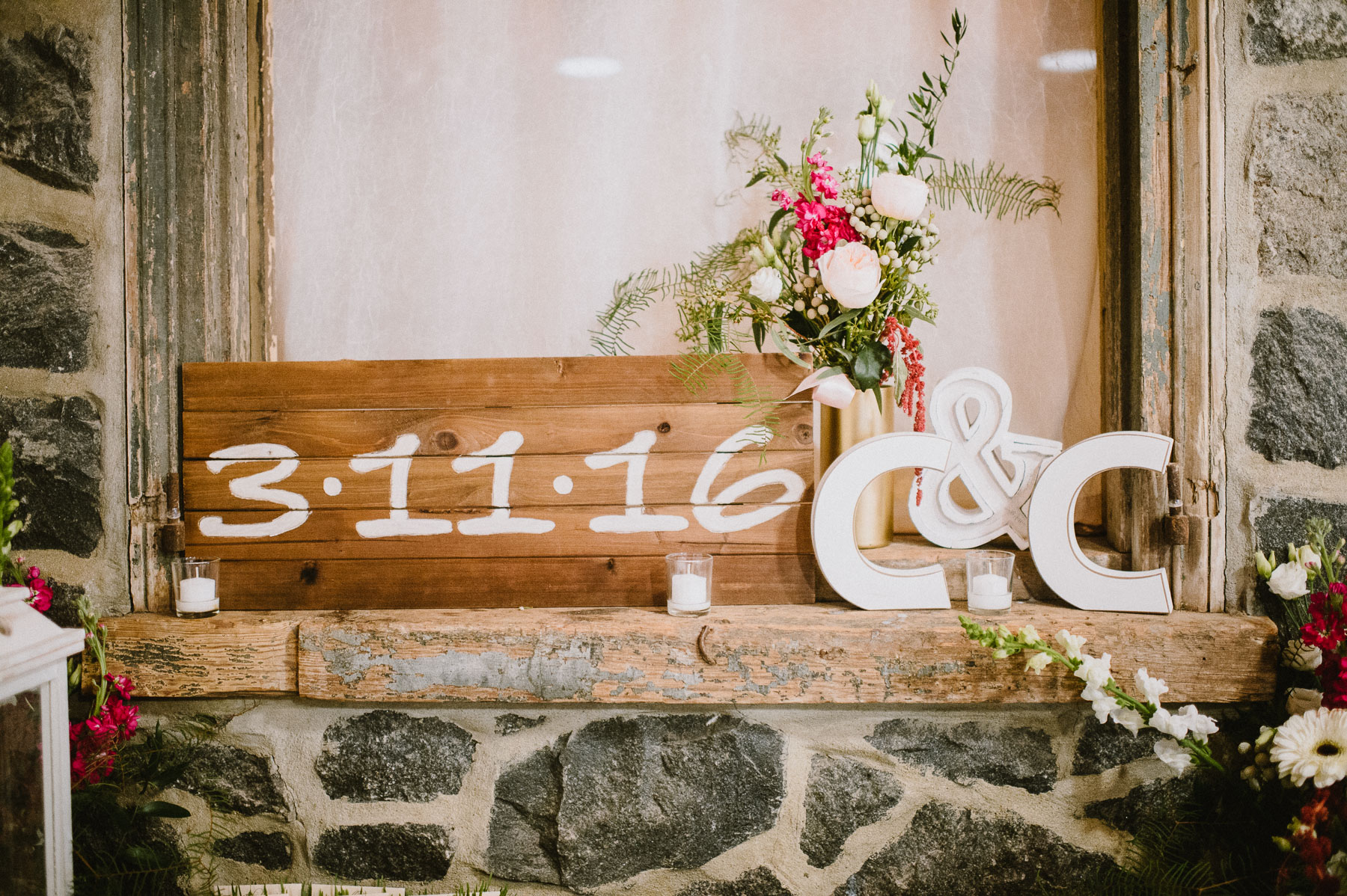 The_Carriage_House_at_Rockwood_Park_wedding_photo070.jpg