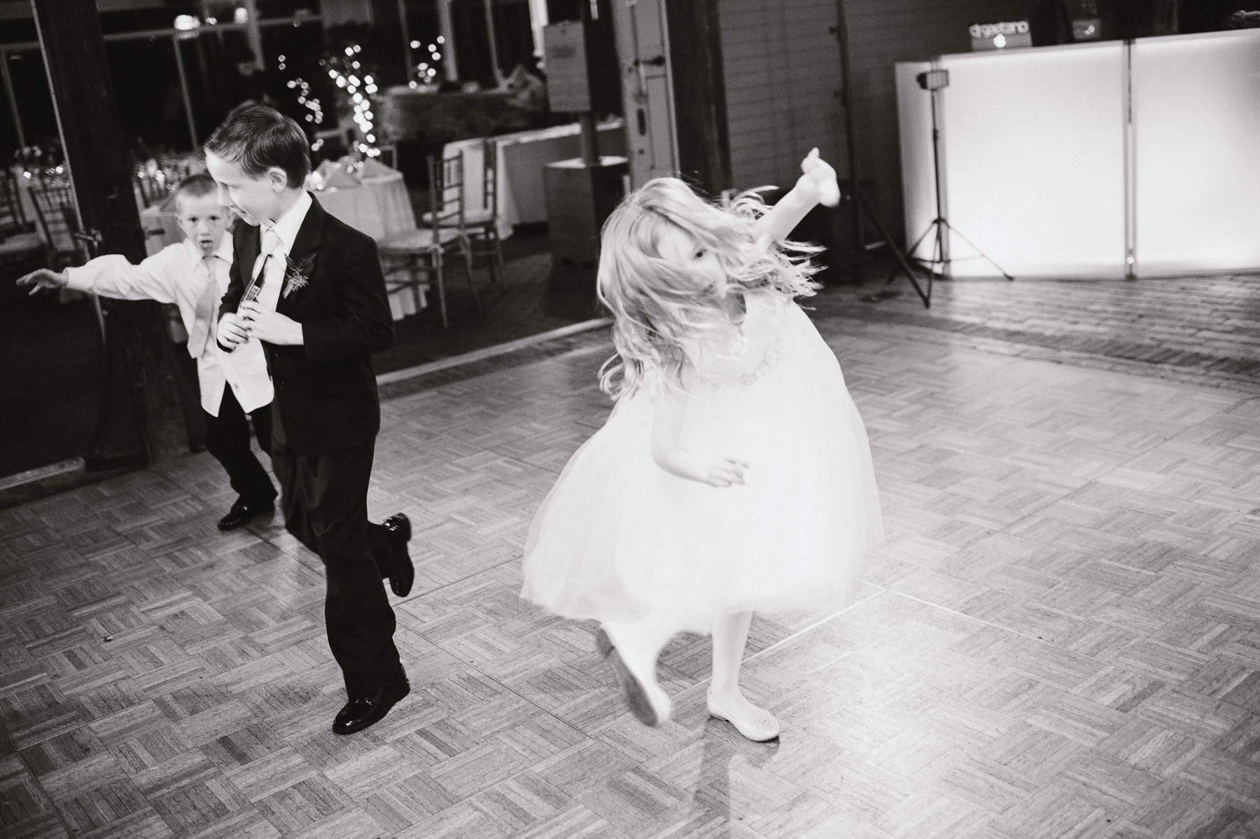 The_Carriage_House_at_Rockwood_Park_wedding_photo077.jpg