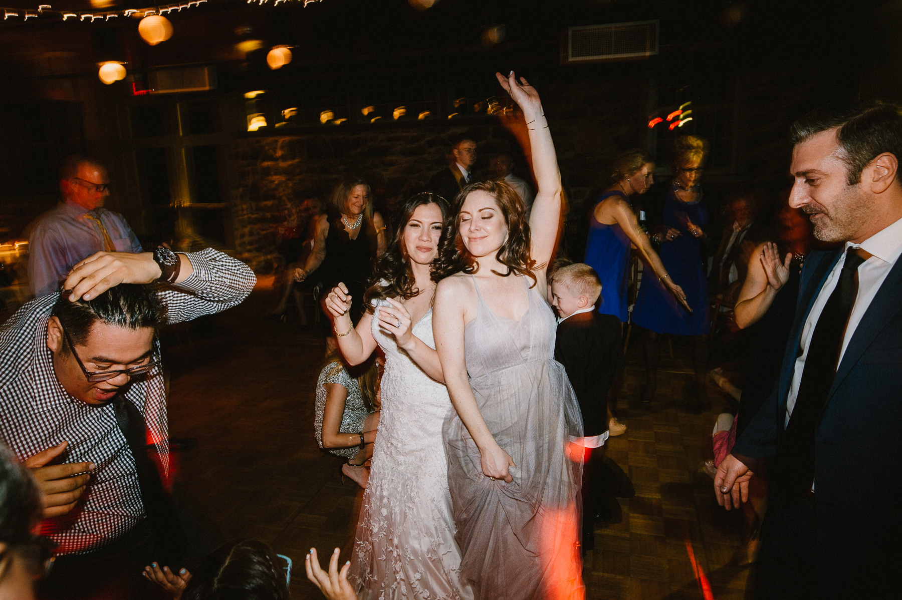 The_Carriage_House_at_Rockwood_Park_wedding_photo087.jpg