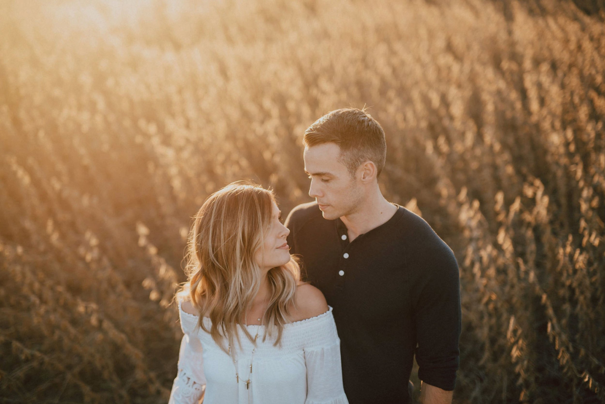 elkton-maryland-engagement-session-49.jpg