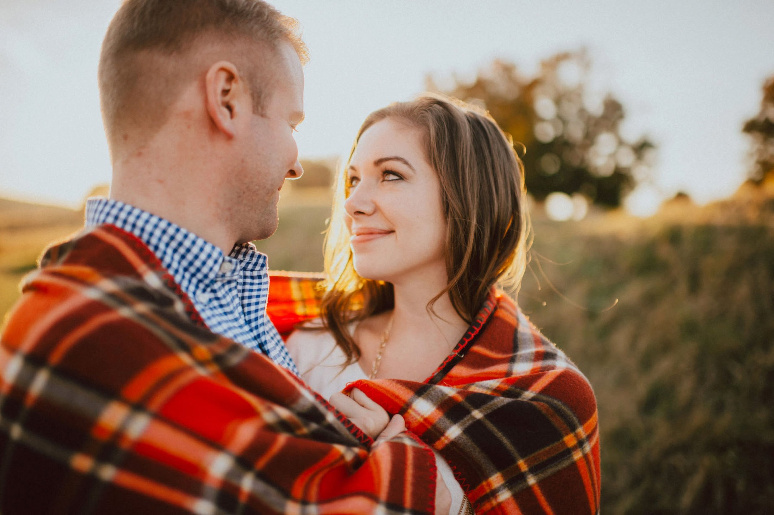 valley-forge-park-engagement-session-12.jpg