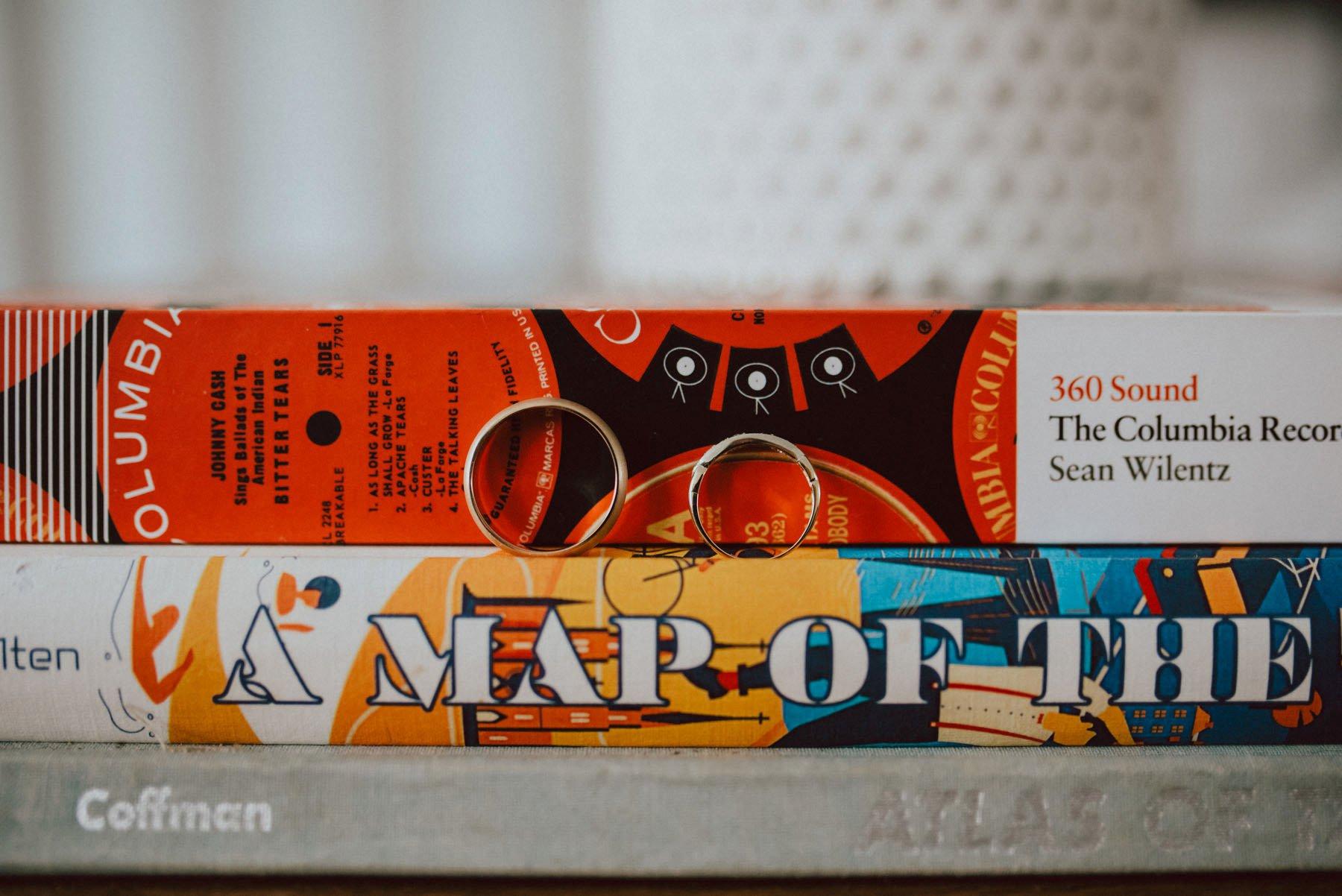 olde-bar-historic-bookbinders-wedding-10.jpg
