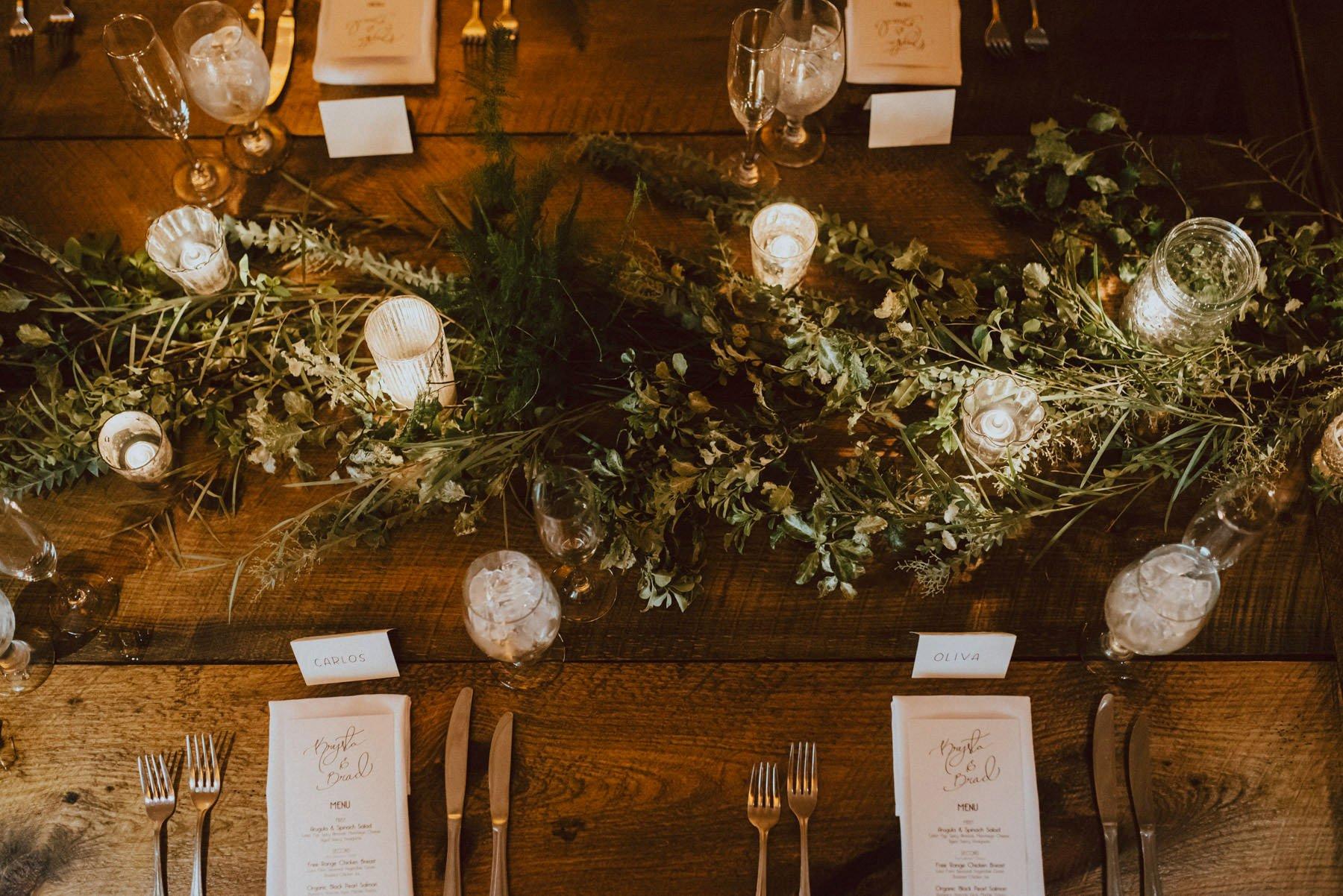 olde-bar-historic-bookbinders-wedding-156.jpg
