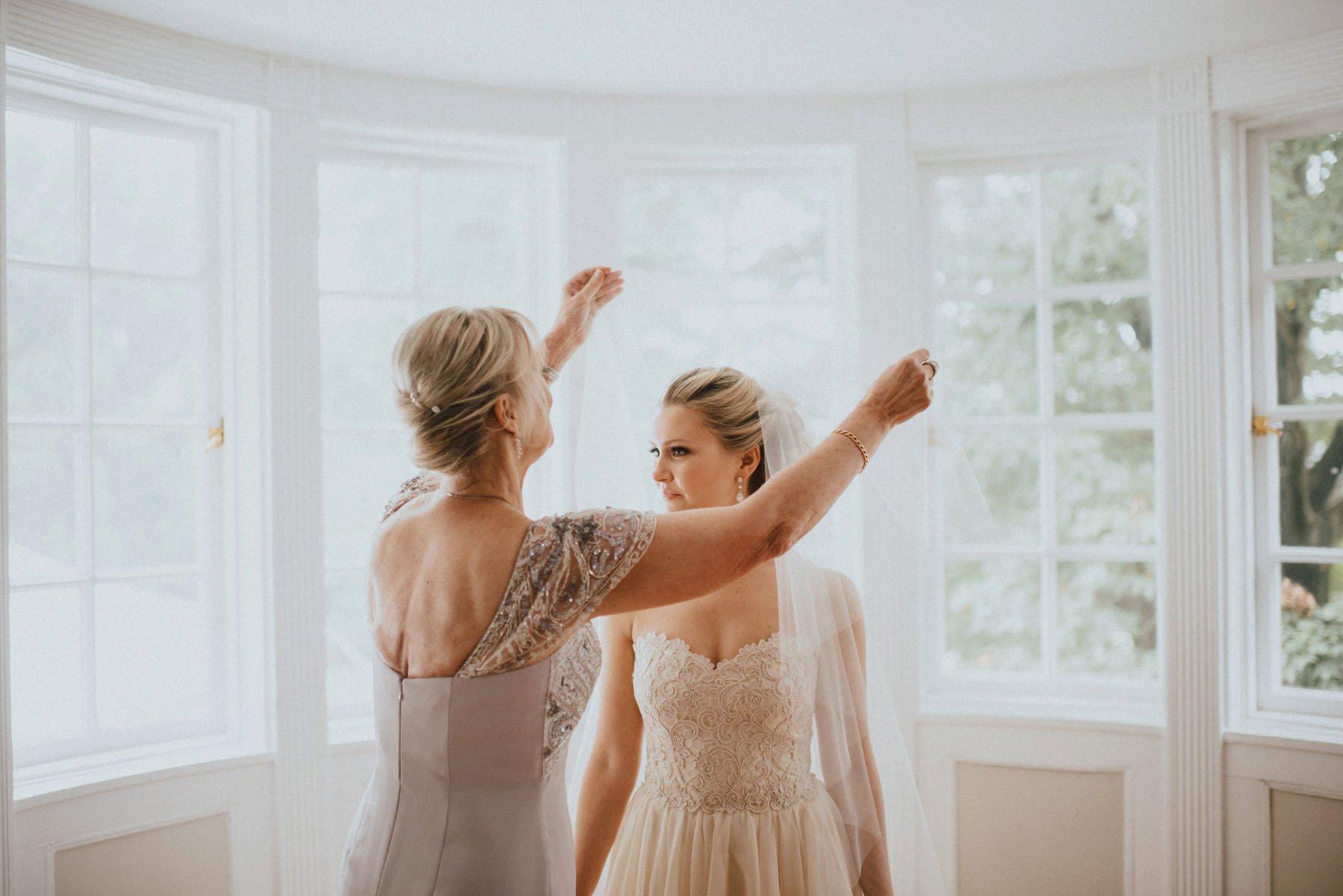 greenville-country-club-wedding-28.jpg