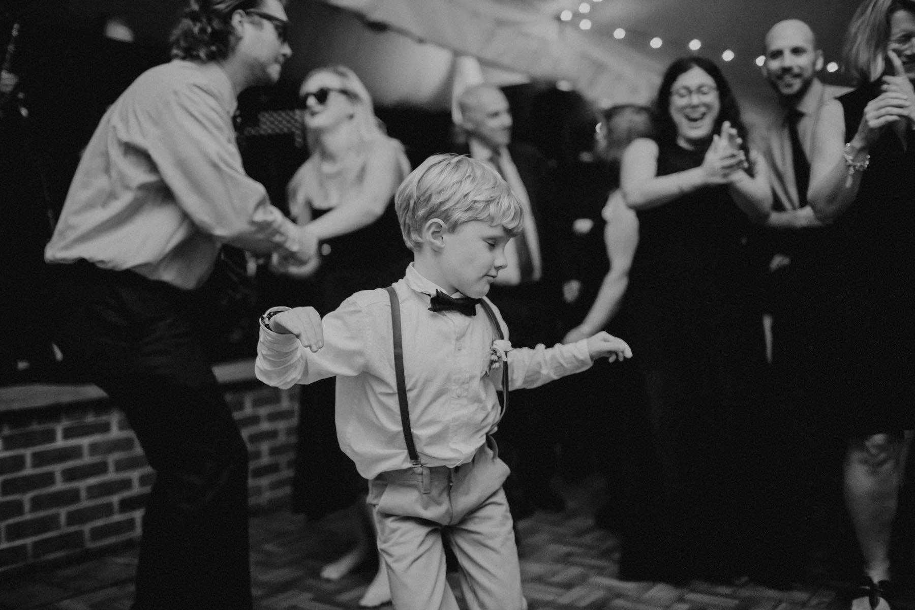 greenville-country-club-wedding-148.jpg