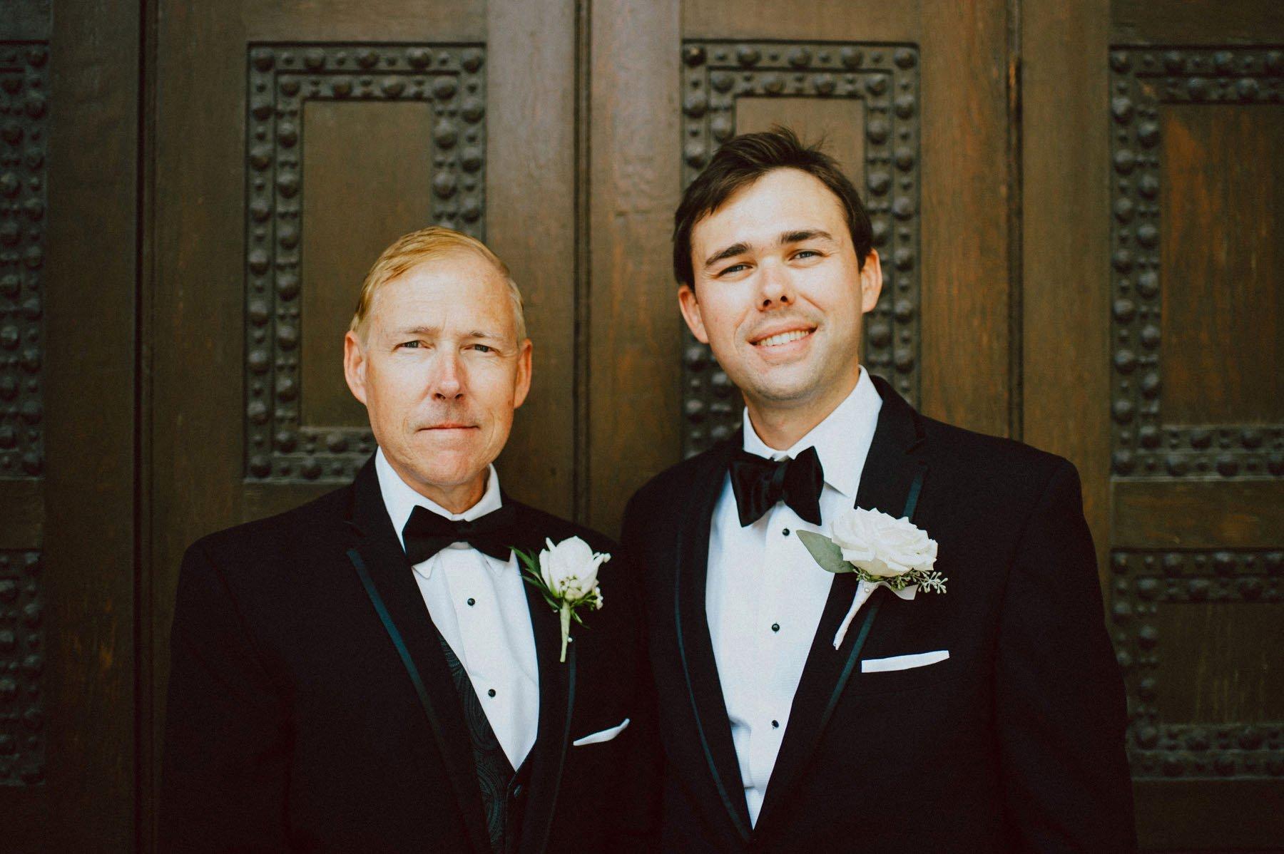 downtown-club-philadelphia-wedding-photographer-57.jpg