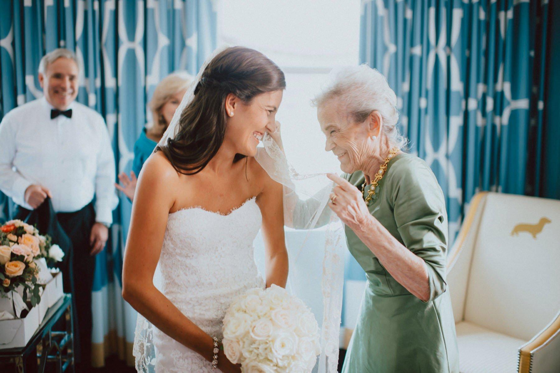 downtown-club-philadelphia-wedding-photographer-56.jpg
