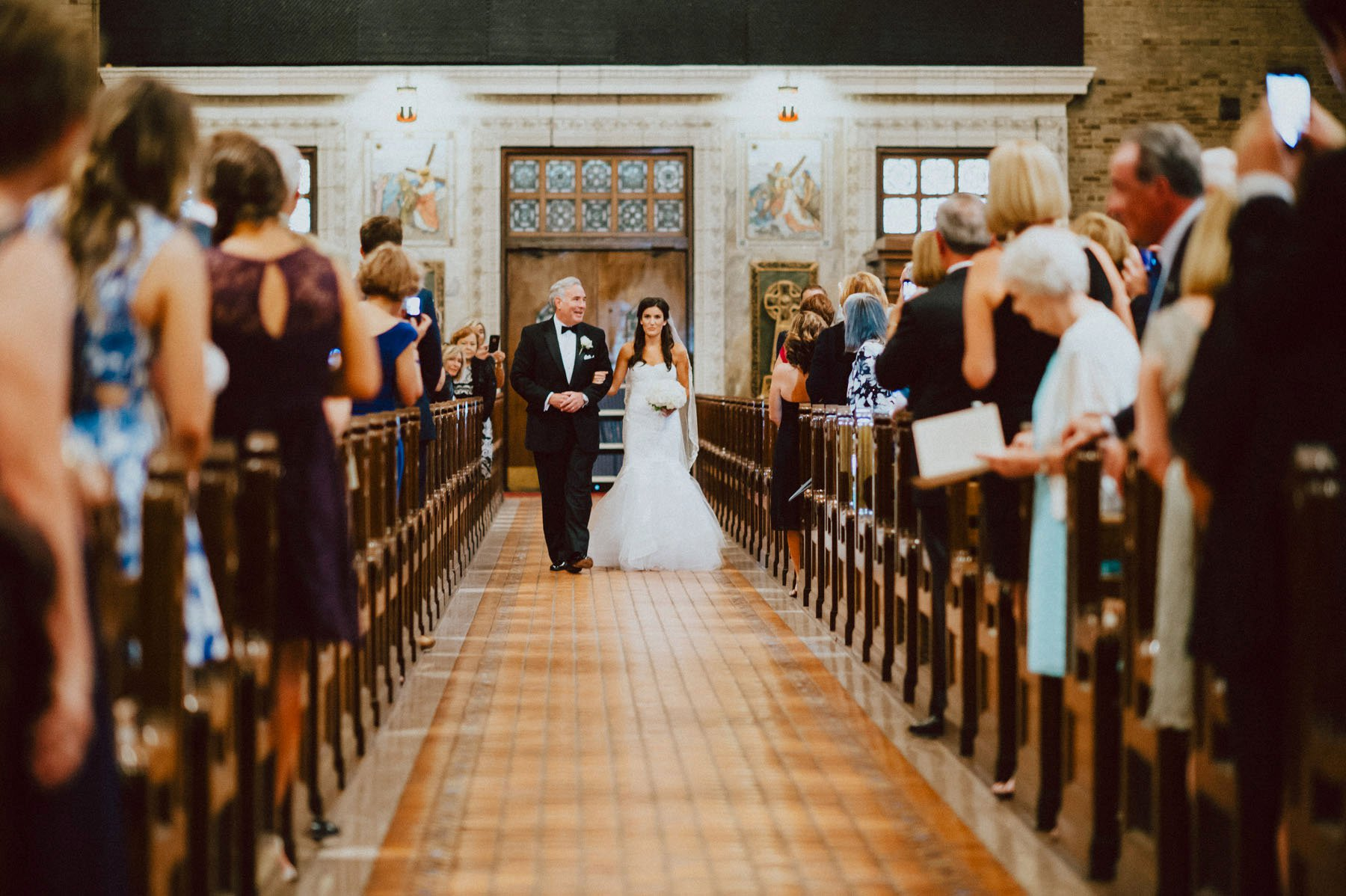 downtown-club-philadelphia-wedding-photographer-61.jpg