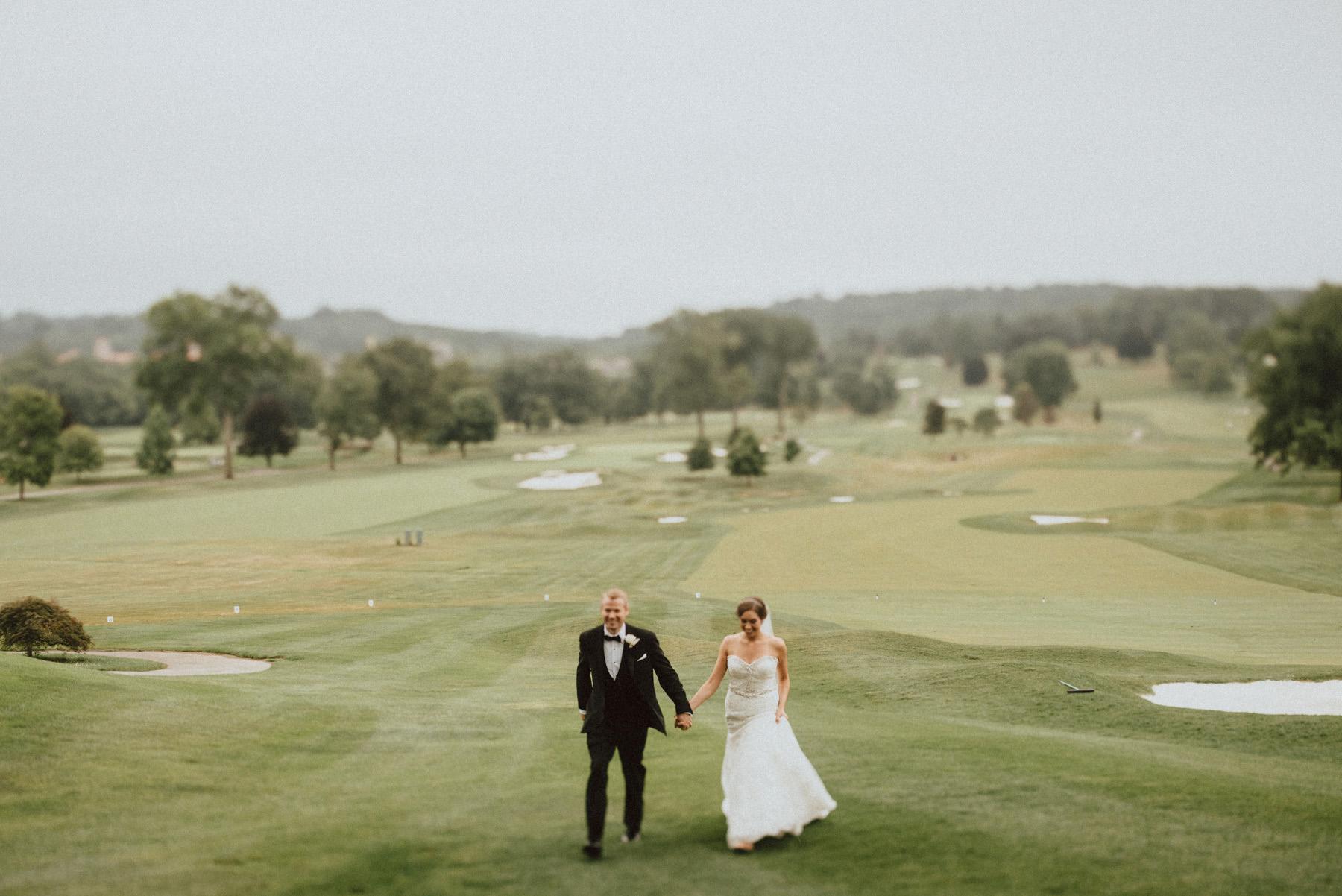 056-whitemarsh-valley-country-club-wedding-19.jpg